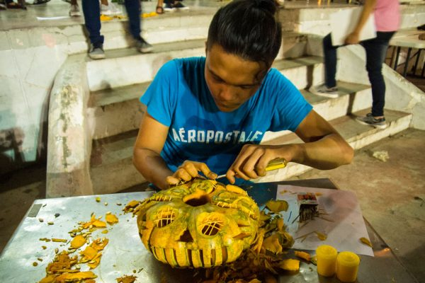 Jack o' Lantern making contest at Plaza Burgos, Vigan City.